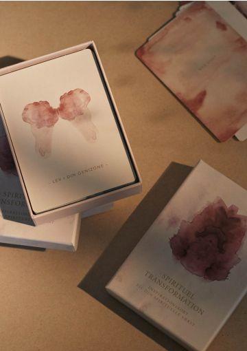 Spirituelle kort fra Anetmai og Christina Bækgaard. Alt tekst er udarbejdet af Christina. Jeg har udformet de kunstneriske udtryk.