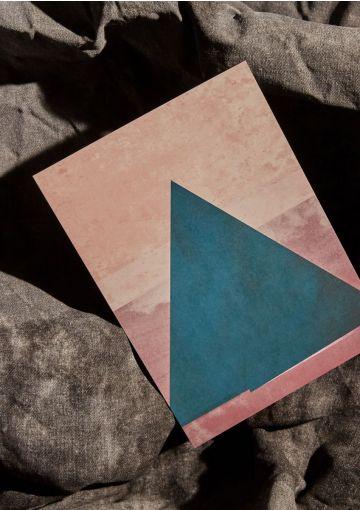 Miljøvenligt postkort, produceret i Danmark. Kunstnerisk kort.