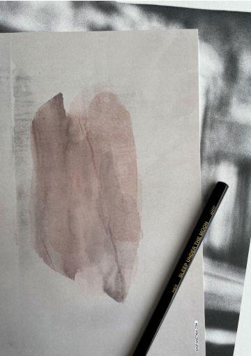 Trykt på smukt papir med høj sanselighed